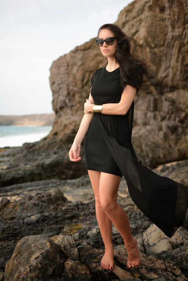 Outfit_Beach_Dress_Black_Summer_Dresses_FashionBlog_LamourDeJuliette.003a