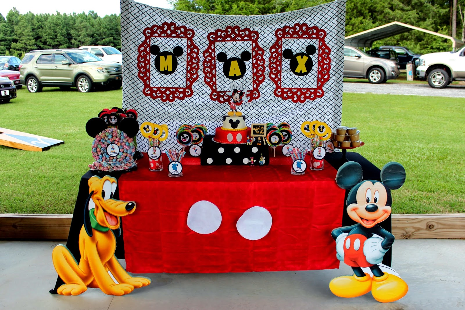 mickey mouse birthday party comes together - Mickey Mouse Photo Frame