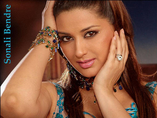 Sonali Bendre Photos and Biography - Bollywood Movies - Zimbio