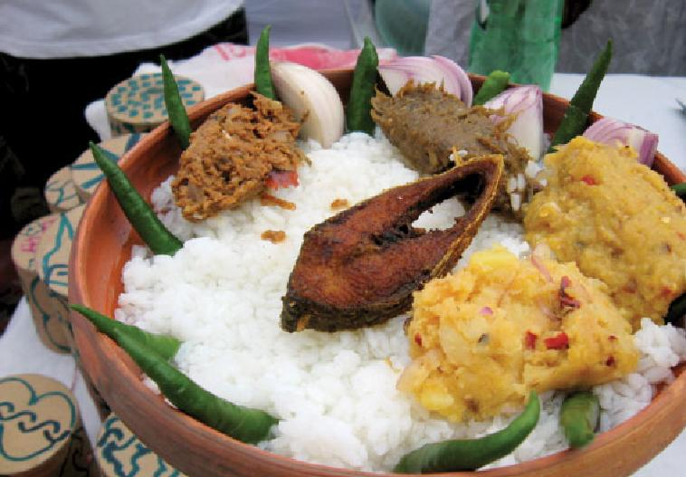 Beautiful bangladesh traditional and tasty foods of for Authentic bengali cuisine