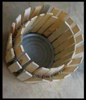 Πώς φτιάχνουμε κηροπήγιο από μια κονσέρβα;