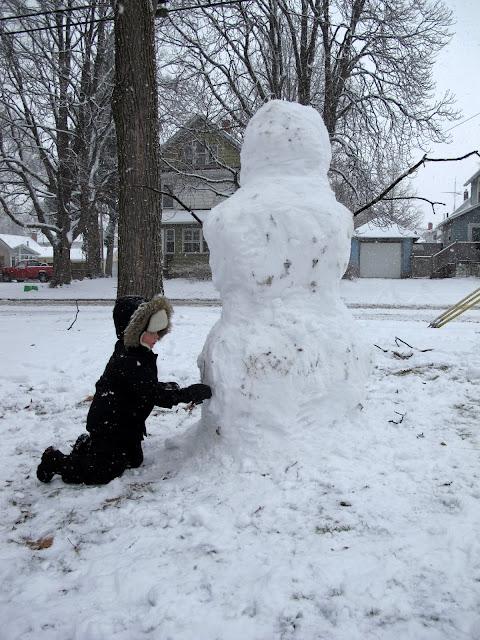 Porter Building a Snowman