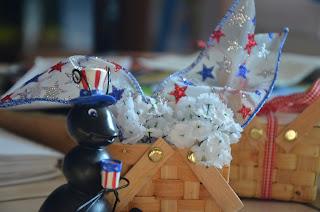 Beau-coup mini woven picnic baskets 1