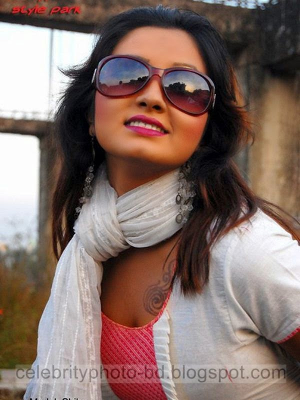 Bangla+Drama+Actress+and+Model+Shiba+Gives+New+Looks+Unseen+Hot+Photos004