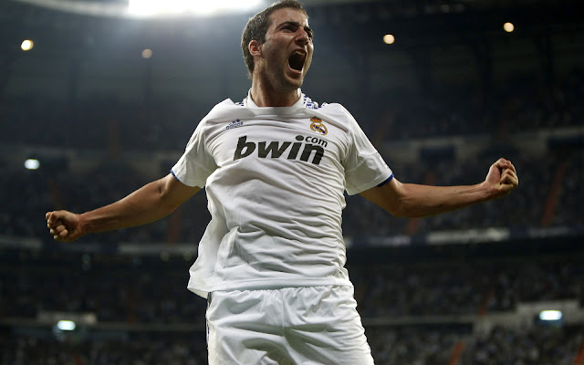 Real Madrid Gonzalo Higuain Wallpapers