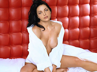 Amy lee evanescence naked that interrupt