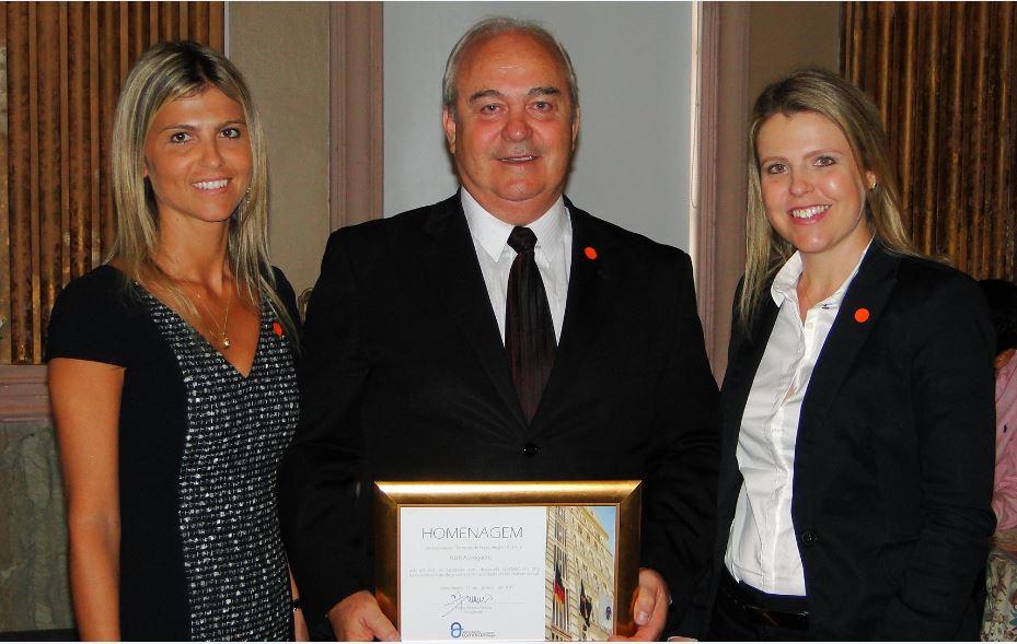 Koch Advogados recebe homenagem da Associação Comercial de Porto Alegre