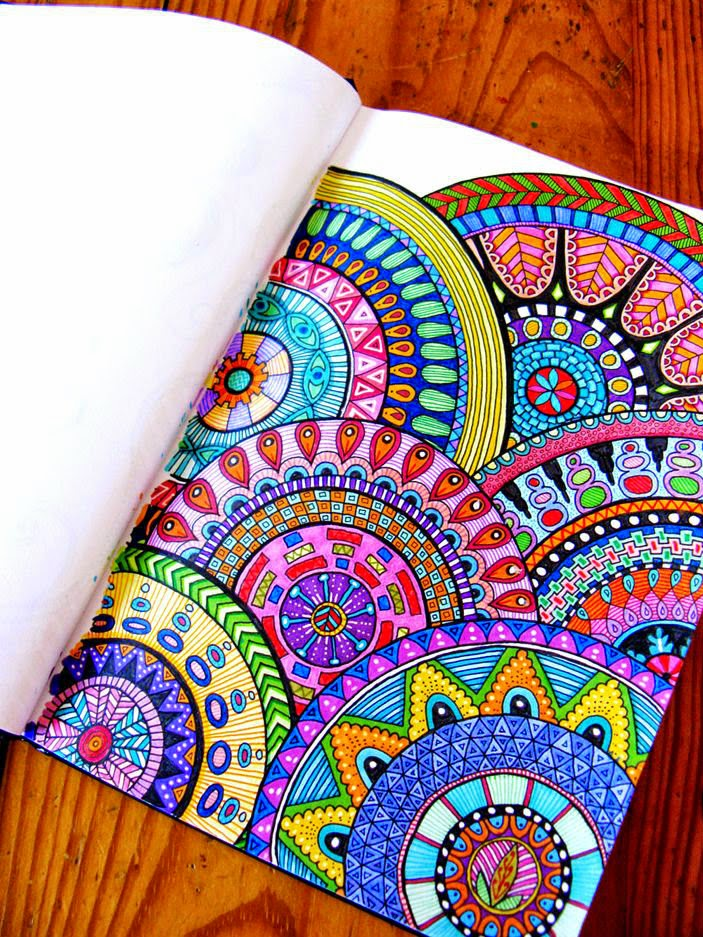 Beautiful-colored-zentangle-doodles