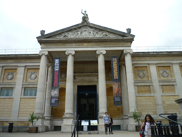 the ashmolean via lovebirds vintage