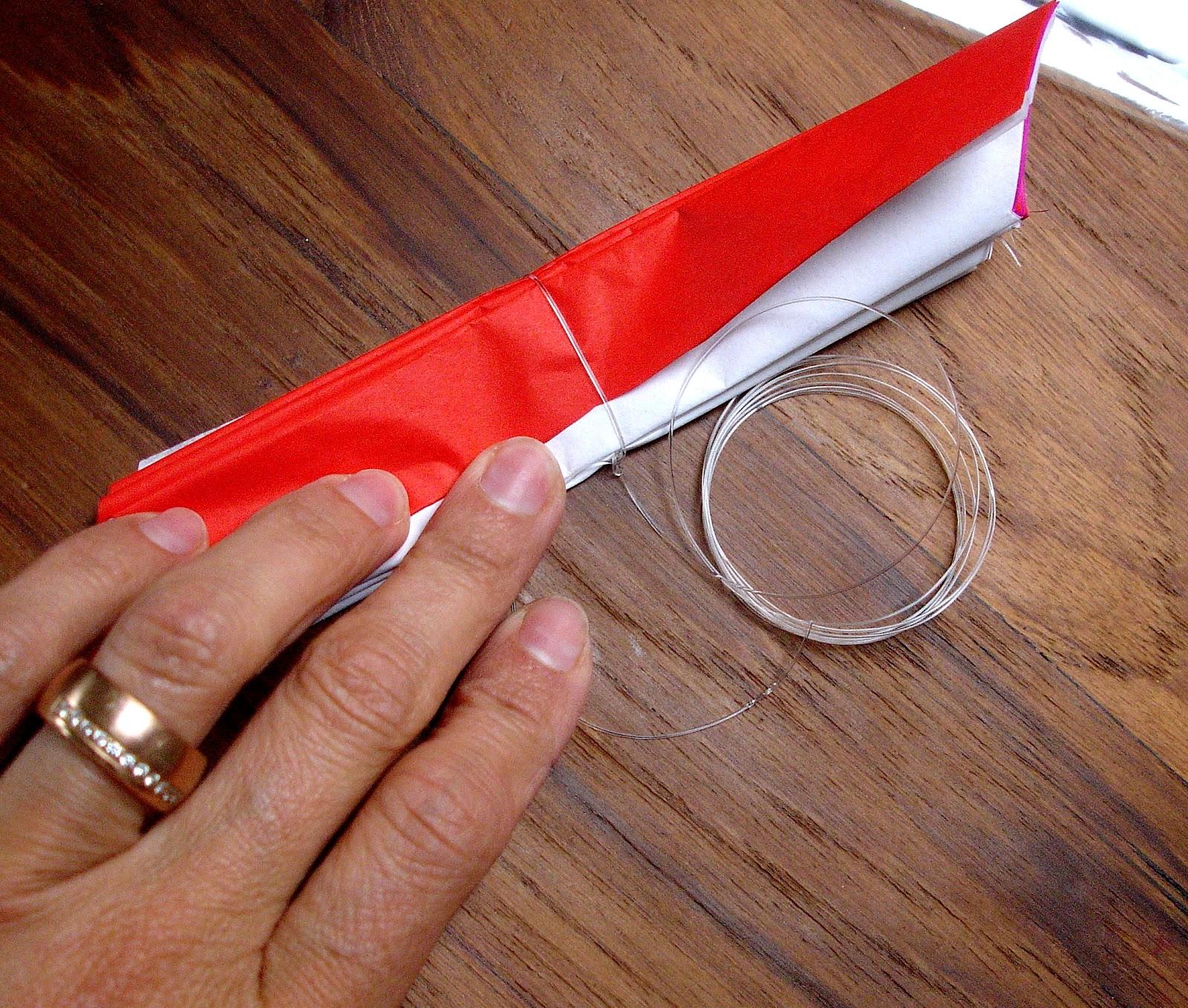 pompons aus seidenpapier nicole 39 s werkstatt. Black Bedroom Furniture Sets. Home Design Ideas
