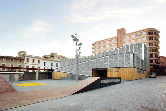 07-Inca-Public-Market-by-Charmaine-Lay-and-Carles-Muro
