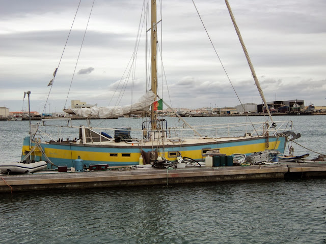 Long-term marina rental in Peniche