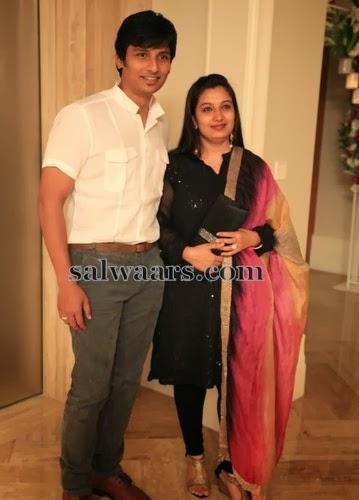 Jeeva Wife Supriya Black Salwar