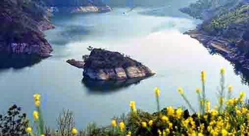 Agen Capsa Susun - Pulau unik dengan bentuk menyerupai kura-kura ini hanya bisa Anda temukan di China.