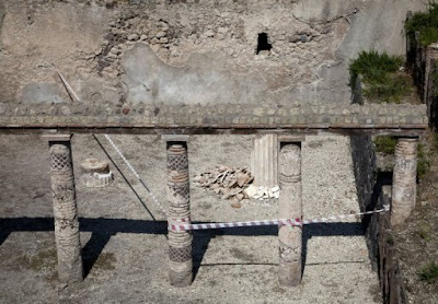 Wall at Pompeii collapses after heavy rain