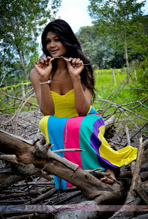Miss Srilanka 2012 Sumudu Prasadini Cute Wallpaers