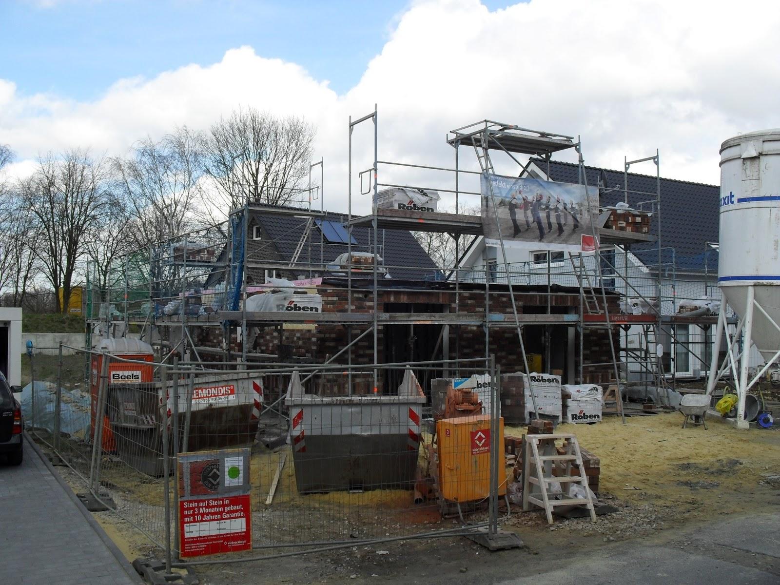 Wir bauen in Horneburg !: Richtfest und ein fast fertiges Haus