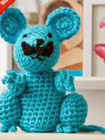 http://www.redheart.com/free-patterns/mustachio-mouse