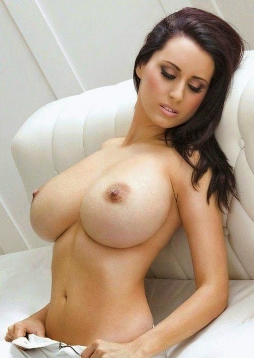 Girl with huge tits - Big Boobs Photo
