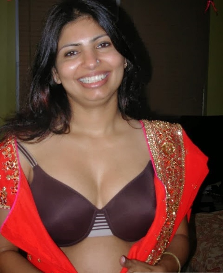 Hot--both telugu aunty pics They didn't