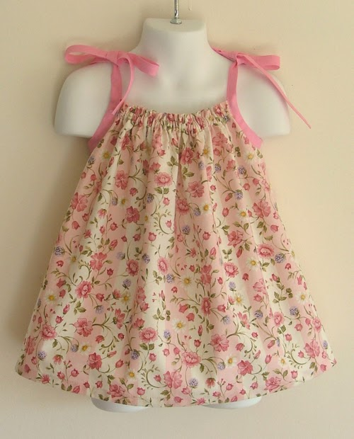 Textbook Mommy: Fun Summer Craft Project: Pillowcase Dresses