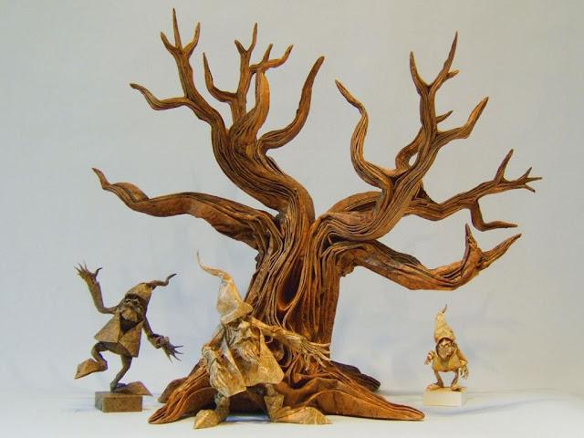 Árbol y gnomos de papel de Eric Joisel