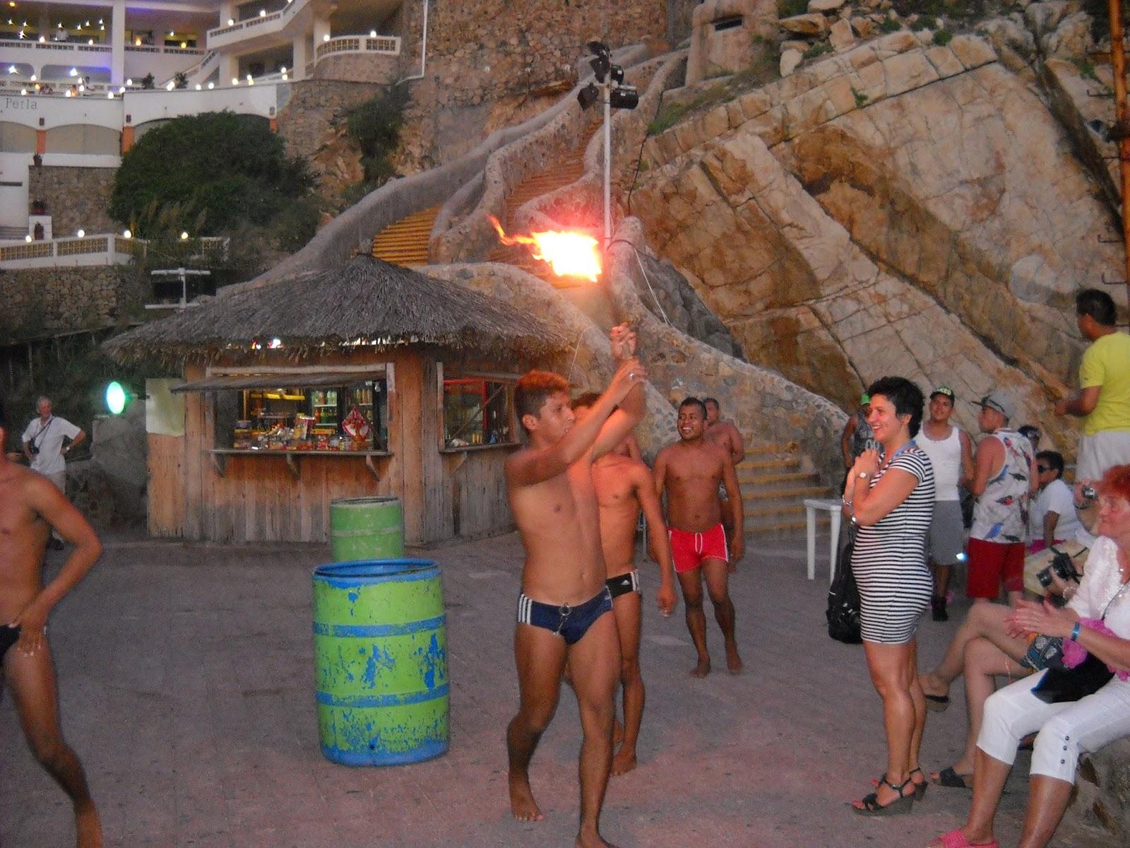 Acapulco skoki do wody celebrity