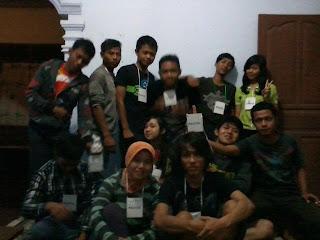 Panitia Festival Film Purbalingga (FFP) 2012 di Desa Gunungwuled, Gunung Wuled.