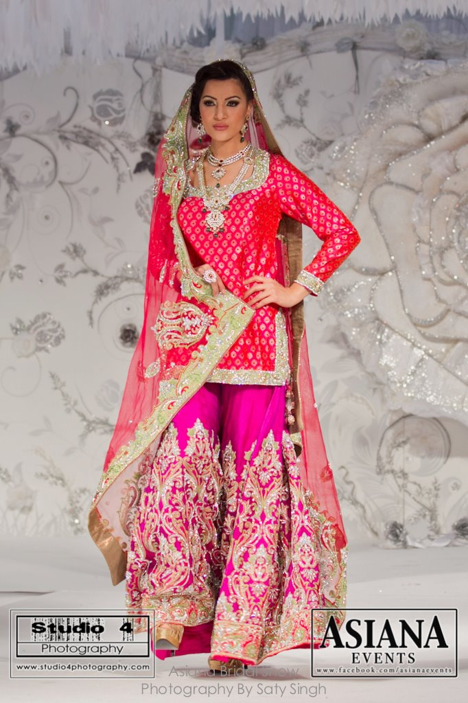Gharara Cutting http://www.asianfashionblog.co.uk/2012_04_01_archive.html