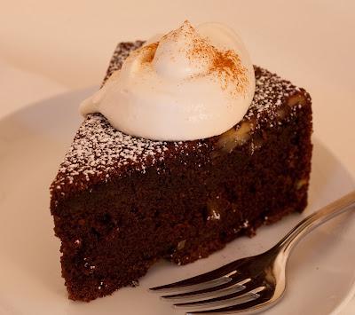 Chocolate Guinness Cake Storage