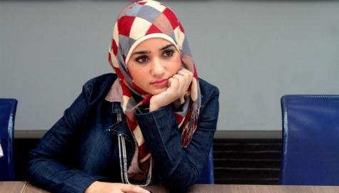 Bashaer Othman saat diwawancari oleh tempo dikawasan Senayan, Jakarta, 14-9, 2012. Bashaer Othman remaja putri berusia 16 tahun menjadi wanita Walikota termuda didunia, Tempo/Dian Triyuli Handoko