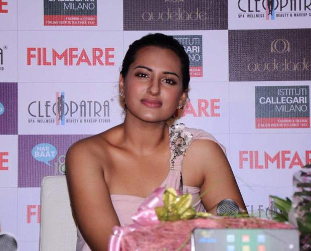 sonakshi sinha a function hot photoshoot