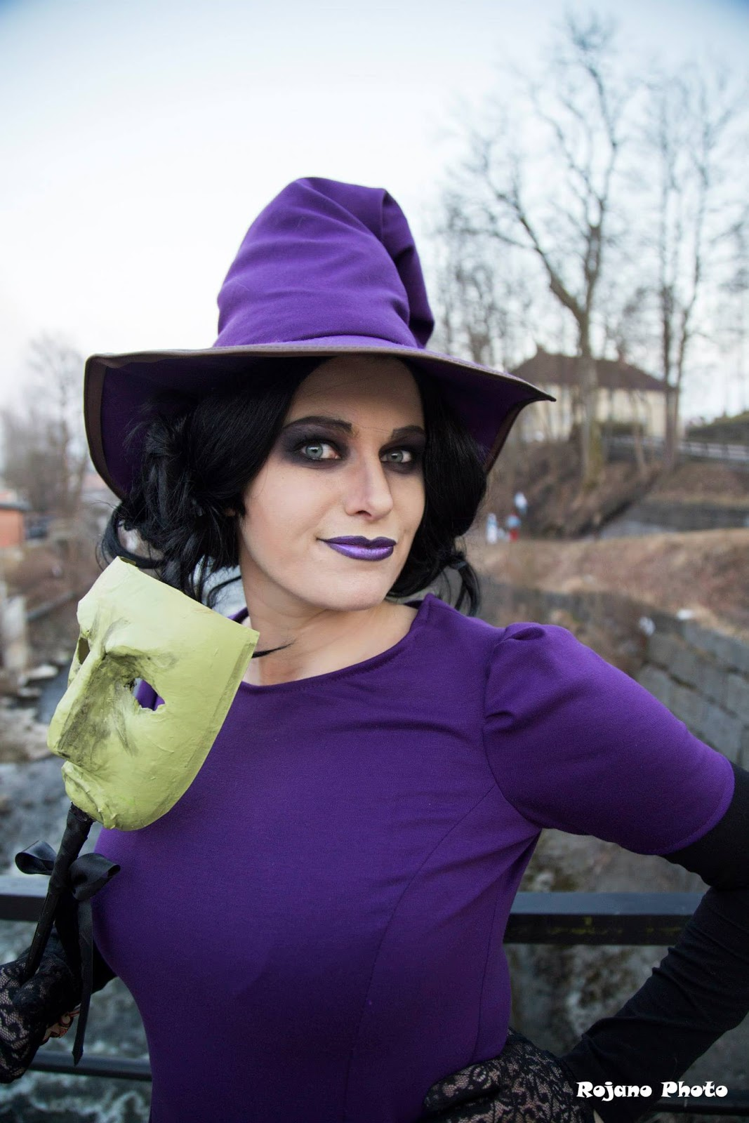 Chrix Design: Shock cosplay from The Nightmare Before Christmas