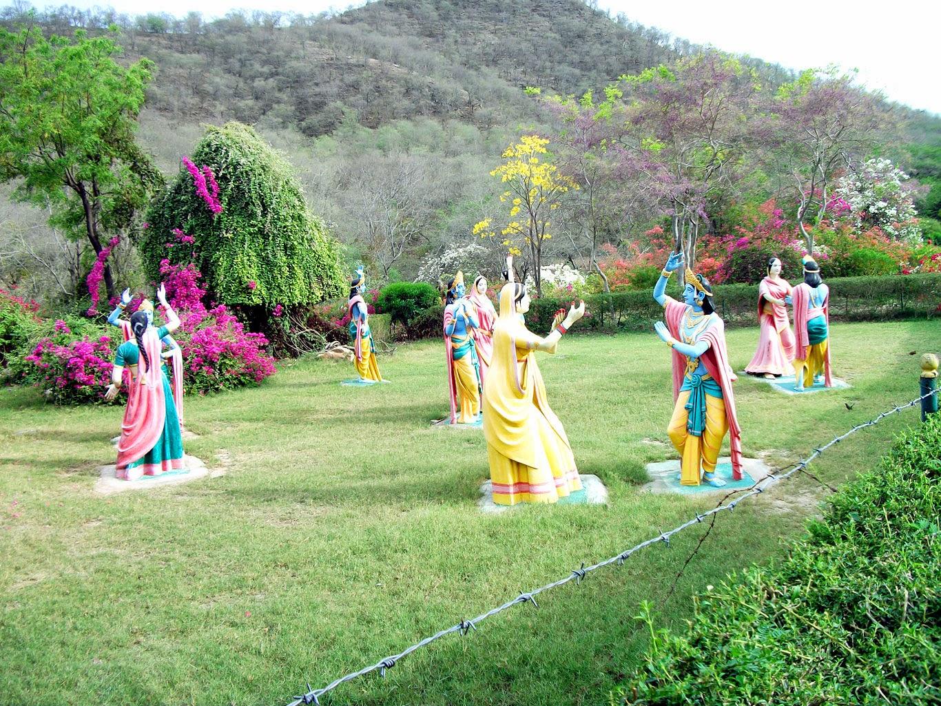 ramayan Statue kanak ghati garden jaipur