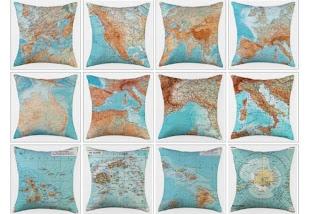 Almofadas com estampa de mapa