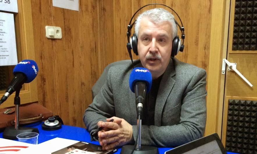 GORKA ZUMETA PRESENTA SU LIBRO EN RADIO 4G
