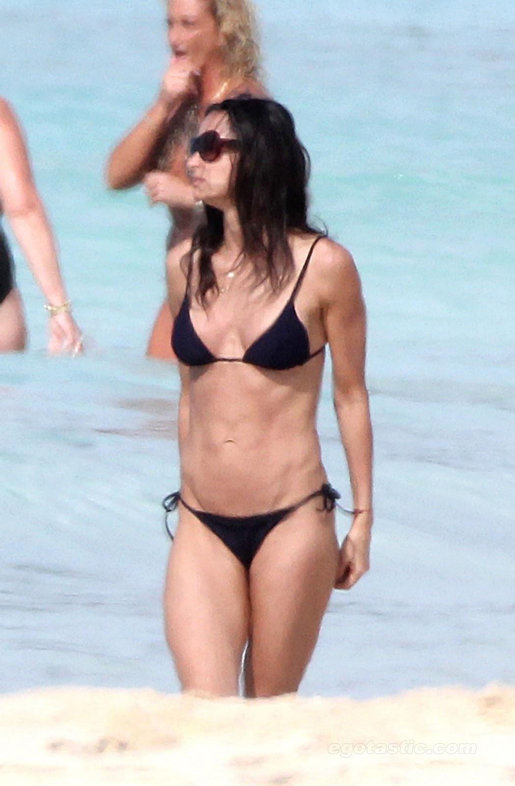 demi moore sexy body