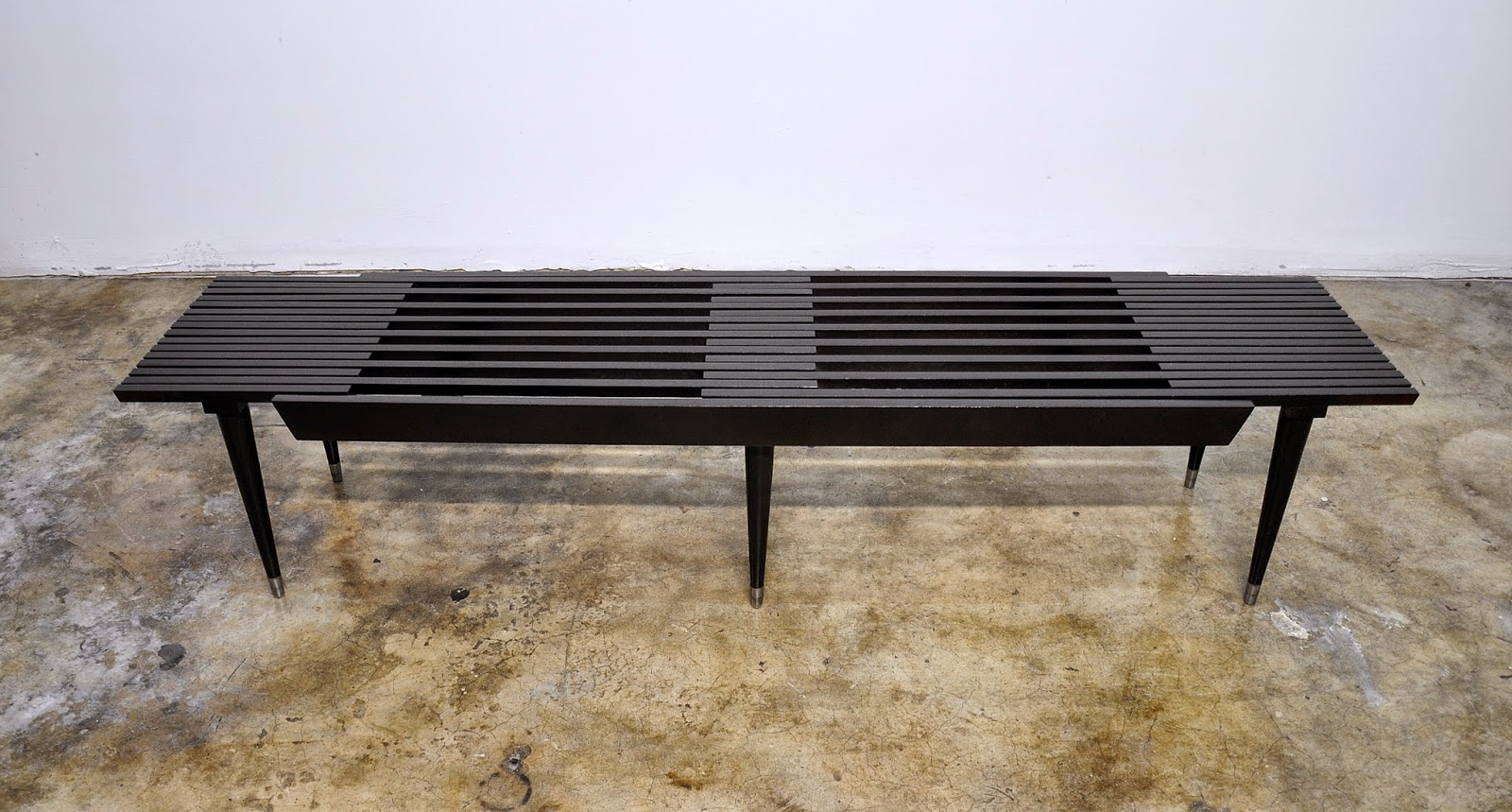 Black Expandable Slat Bench Or Coffee Table