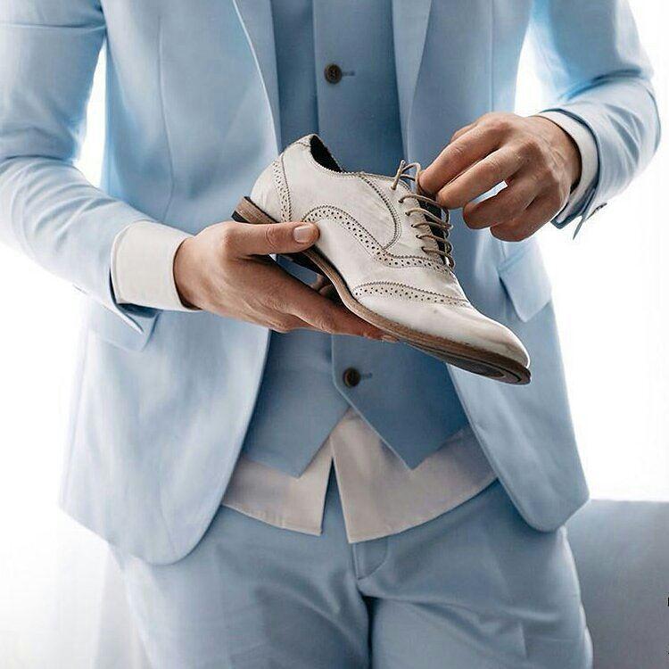 4d70e24c2 Moda masculina brasileira da mais alta qualidade, para homens inspirados  nos últimos lançamentos, o azul é o ponto de partida para a nova coleção do  ...