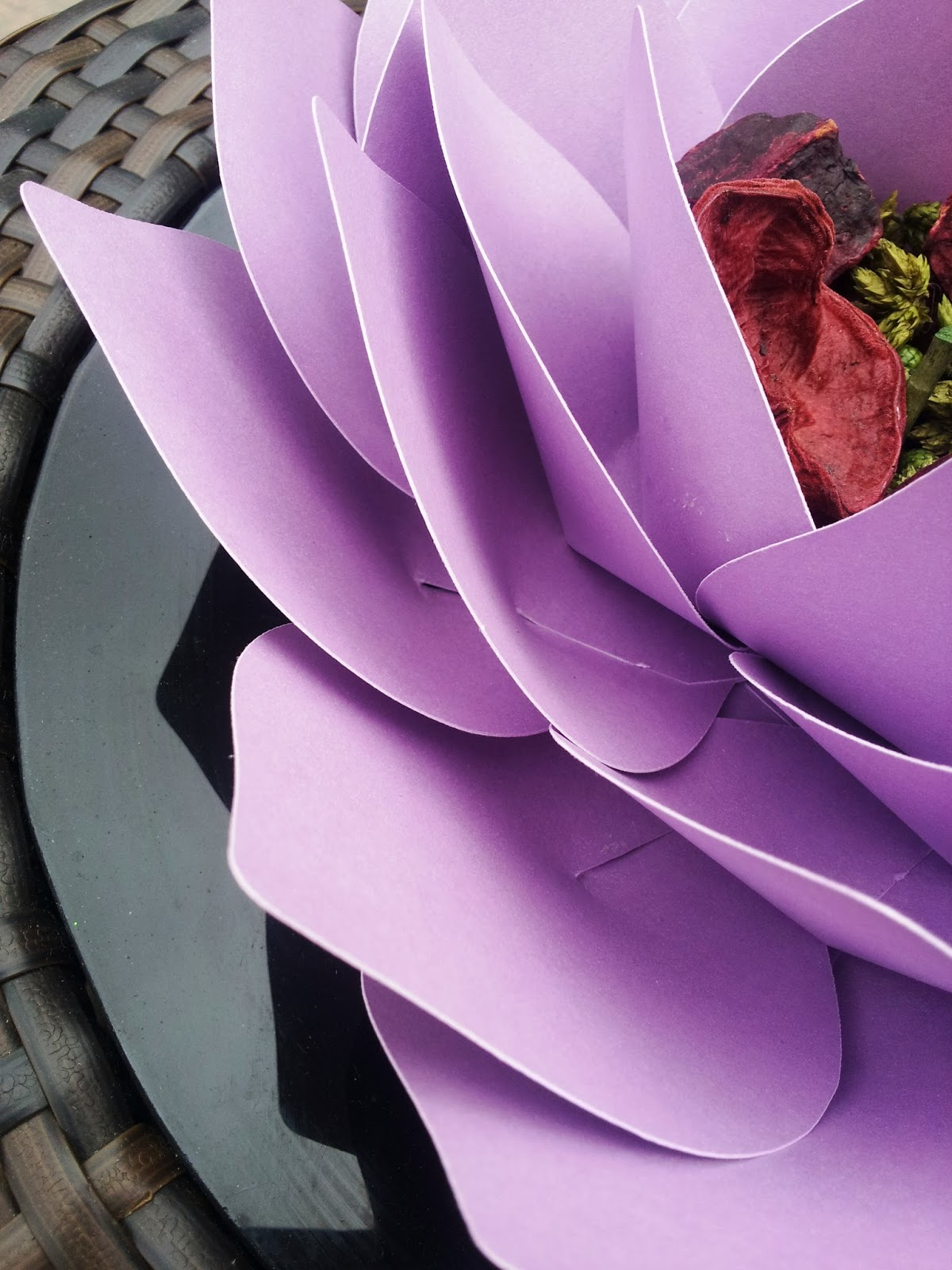 Creative Lesley Giant Paper Lotus Flower