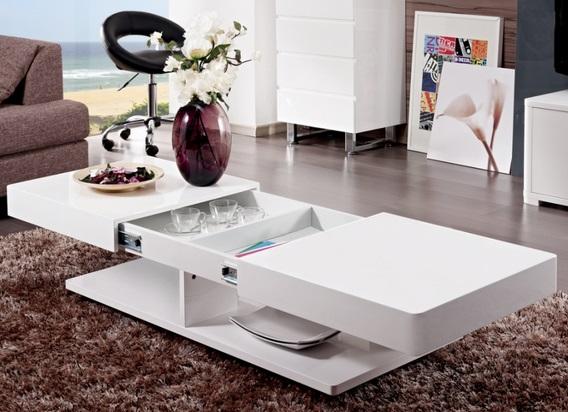 Mesa con espacio para guardar cosas