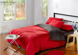 Sprei Polos Merah Kombinasi Hitam