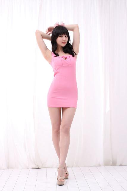 Yeon Da Bin Sexy in Pink Mini Dress