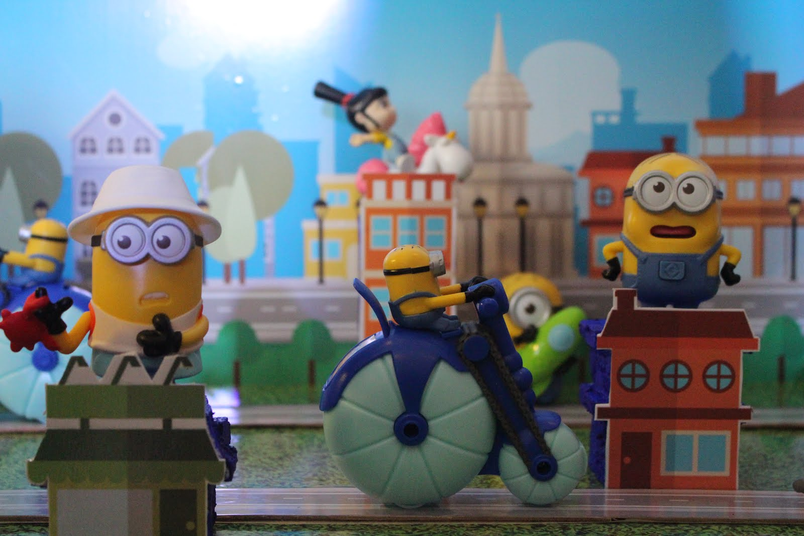 KIDS: Despicable Me 3 Happy Meal Toy