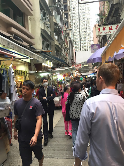 Hong Kong, Hong Kong Island, Cestování, Hong Kong na vlastní pěst, co dělat v hong kongu, what to do in hong kong, hong kong kristýna, kristýna vacková, travel blog, travelling, asia, blog, travel blog, fashion house cz hong kong, hong kong, blog about hong kong, expat hong kong, hongkong, hongkong na vlastní pěst, hongkong bez cestovky, co dělat v hongkongu, Stanley market, Stanley, Trhy Stanley Hongkong, hong kong art, shopping hong kong, nákupy v hongkongu, central and western district promenade, shopping in hong kong, holiday in hong kong, dovolená hongkong, hongkong ostrov, hongkong hlavní ostrov, hong kong main island, the peak tram hong kong, the peak