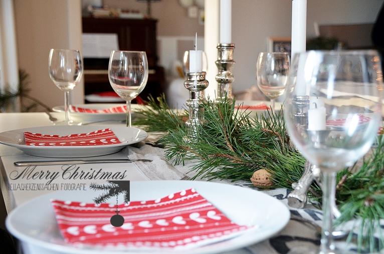 Weihnachten Tischdeko rot weiß natur