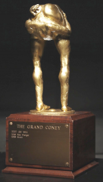the-grand-coney-statue