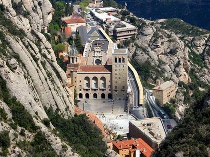 Alberto canosa el gran monarca rey de israel esta - Calle montserrat barcelona ...