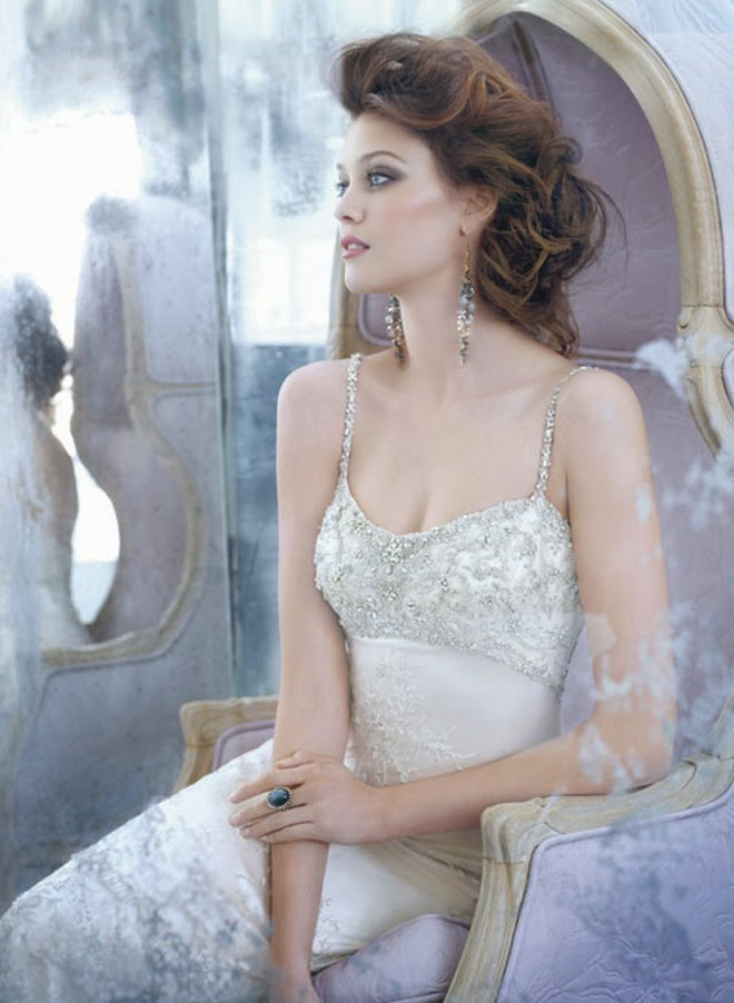 Bonitos vestidos de novia | Colección