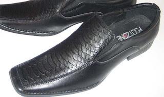 Jaket Kulit dan Sepatu Kulit
